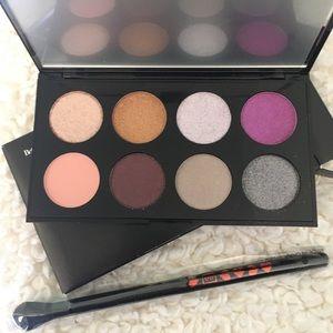 Betty Boop Ipsy EyeShadow Palette & Brush BNIB